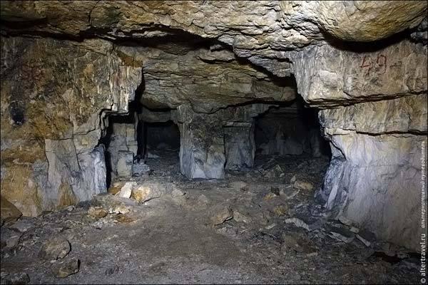 Пещеры для спелеологов недалеко от Москвы.
