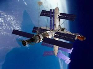 Мир 23 марта 2001 года: Огненный вход в атмосферу