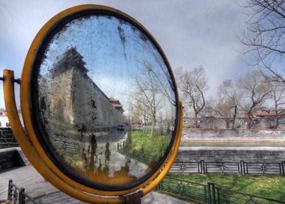 Какую тайну хранят в себе зеркала?
