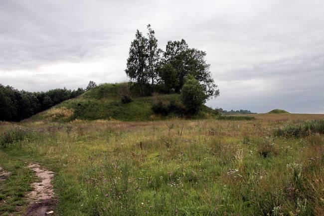 Шум-гора — могила Рюрика?