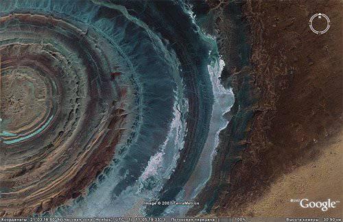 Структура Гуэль–Эр–Ришат, расположенная в пустыне Сахара на территории Мавритании, хорошо заметна из космоса...