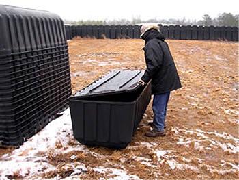 О пластиковых гробах, готовых концлагерях и прочих американских непонятках