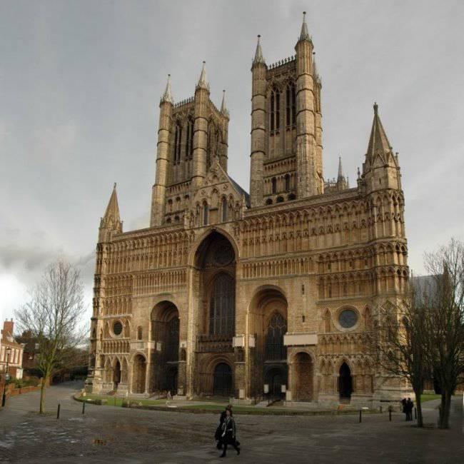 Линкольнский собор Девы Марии