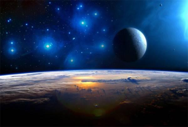 10 эксцентричных теорий о Земле и Луне, в которые верят люди