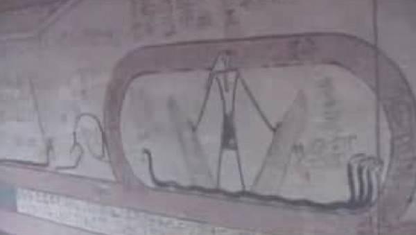 Египетские фрески с крылатыми змеями