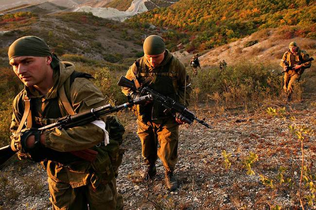 Спецназовцу на заметку: ПЕРЕДВИЖЕНИЕ РАЗВЕДЧИКОВ ВГОРАХ