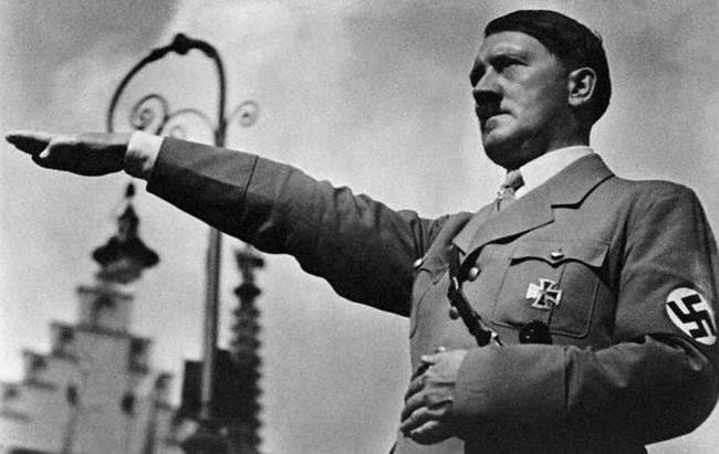 Гитлер и Священный Грааль
