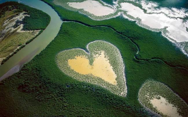 10 самых красивых природных сердец на Земле
