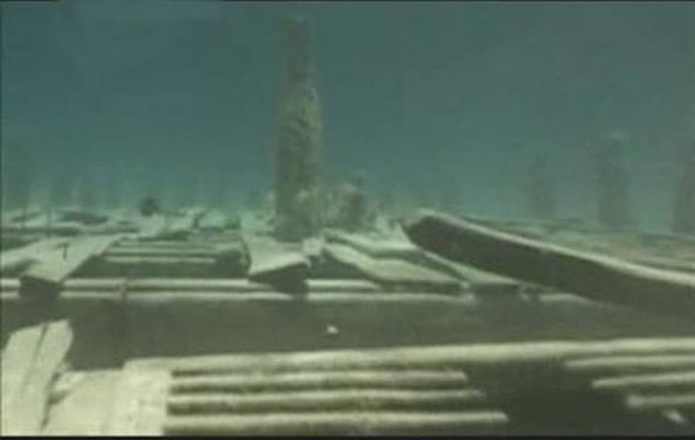 Подводные пирамиды Бермудского треугольника
