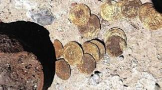 big-preview-gold_coins_and_pottery_found_at_apollonia_fortress-001
