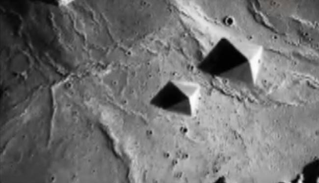 1363077487_piramidyi-na-marse1
