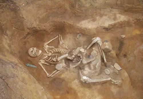 Загадка Эквадора и Перу: гигантские скелеты