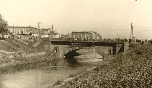 Мост самоубийц в Санкт-Петербурге