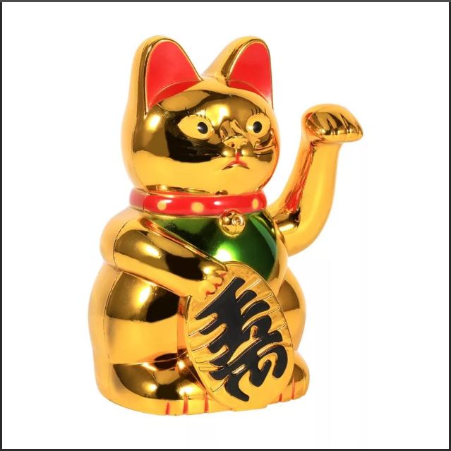 манэки-нэко золотистого цвета