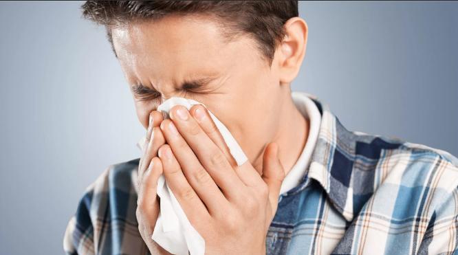 Примета правдивая к чему чихнуть по дням недели: советы, как перестать чихать