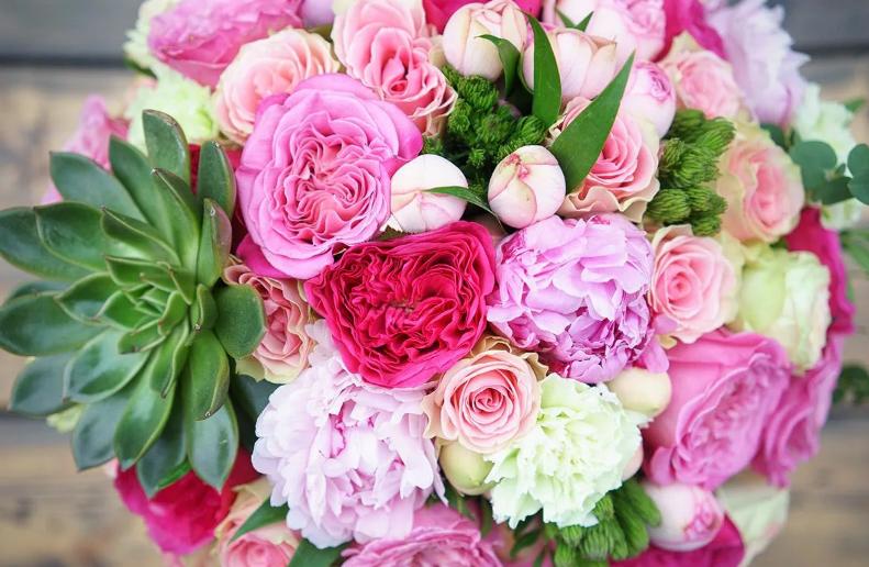 цветы на свадьбу пионы