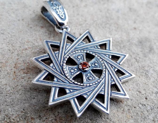Звезда Эрцгаммы - мощный талисман защиты, удачи и здоровья: как использовать?