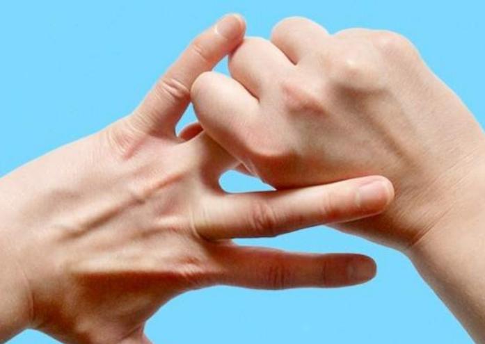 К чему чешется безымянный большой указательный палец мизинец на руке или ноге приметы