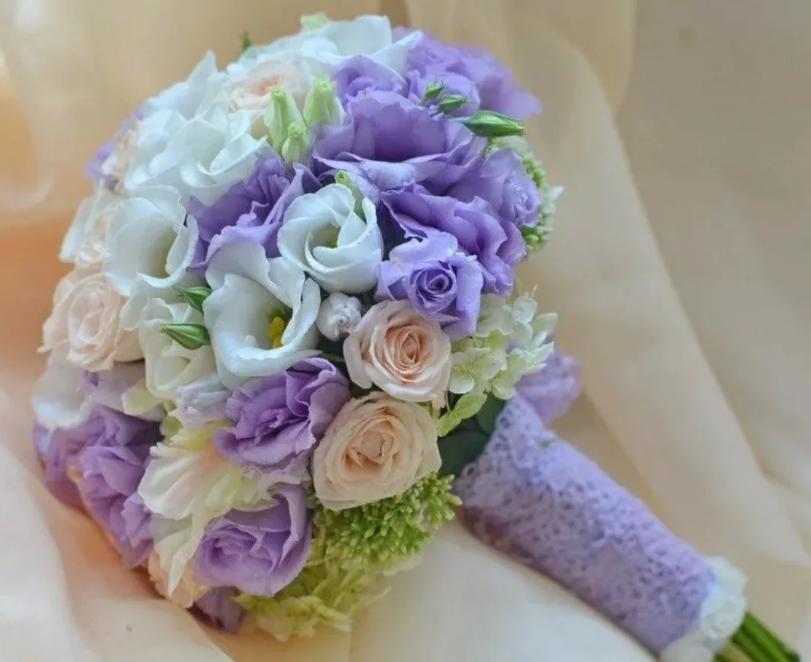 цветы на свадьбу сиреневый и белый цвет