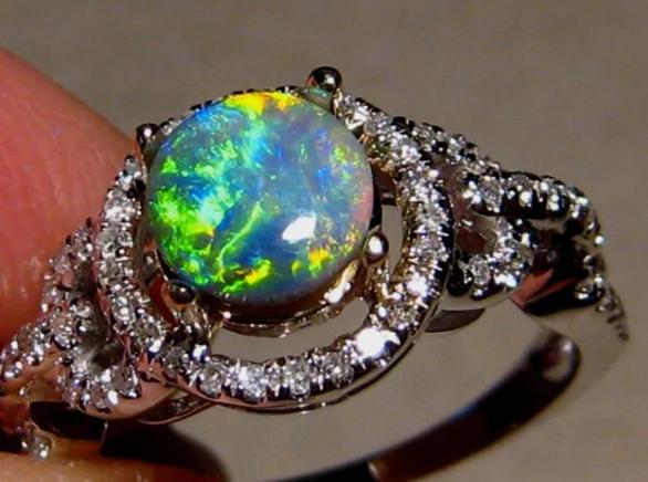 кольцо опал