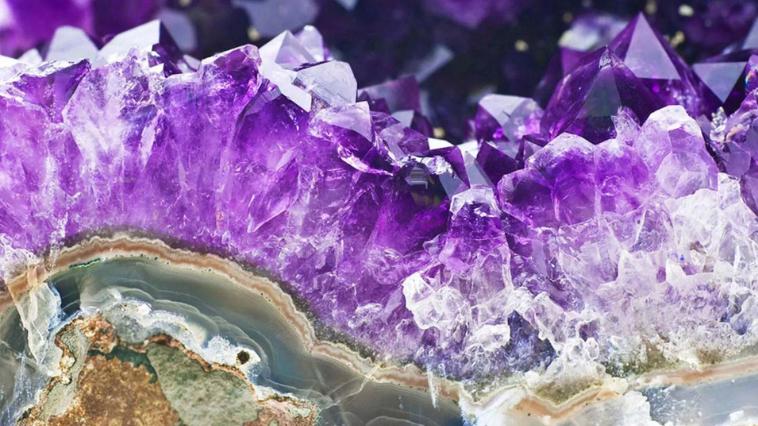 александрит минерал