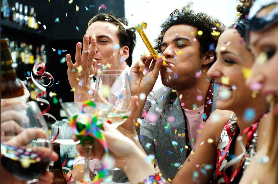 Почему нельзя заранее поздравлять с днем рождения: что делать, если поздравили раньше дня рождения?