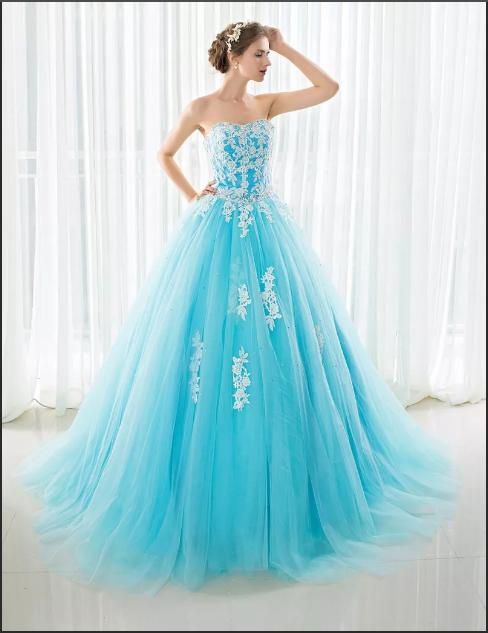 нежно голубое свадебное платье