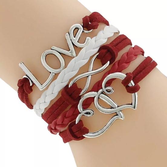 Браслет найти или получить девушке в подарок: приметы - почему нельзя носить браслет на 2 руках?