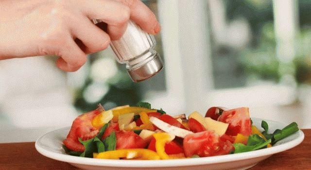 Что означает рассыпать соль? Толкование приметы