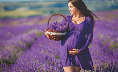 Что означает примета встретить беременную женщину?