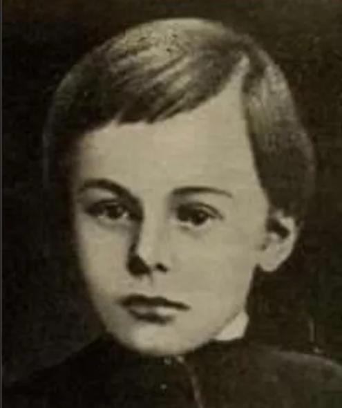 Гоголь в детстве