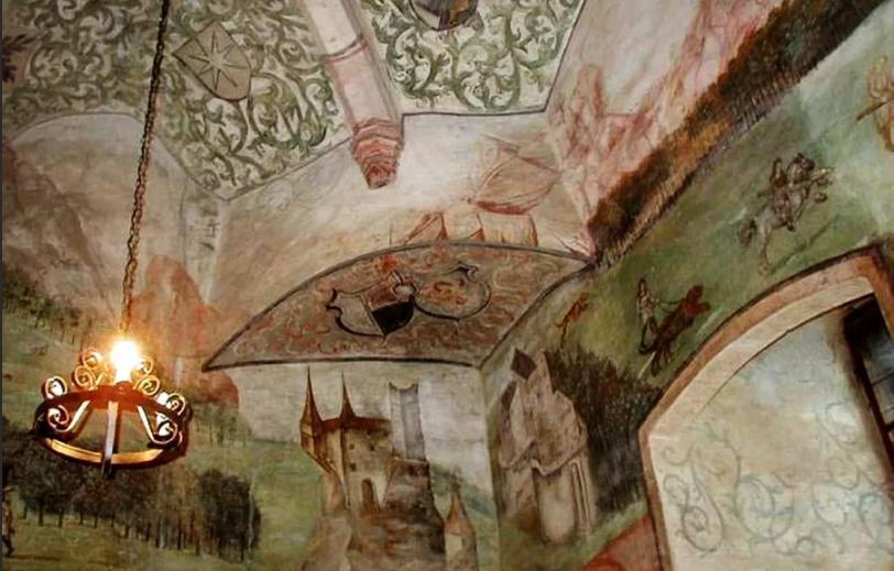 часовня в замке Гоуска в Чехии.