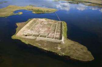 Кто построил крепость Пор-Бажын посреди озера в Тыве?