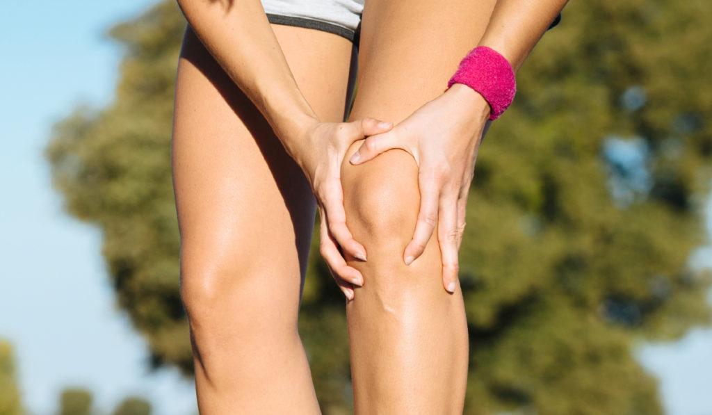 К чему чешется левое колено