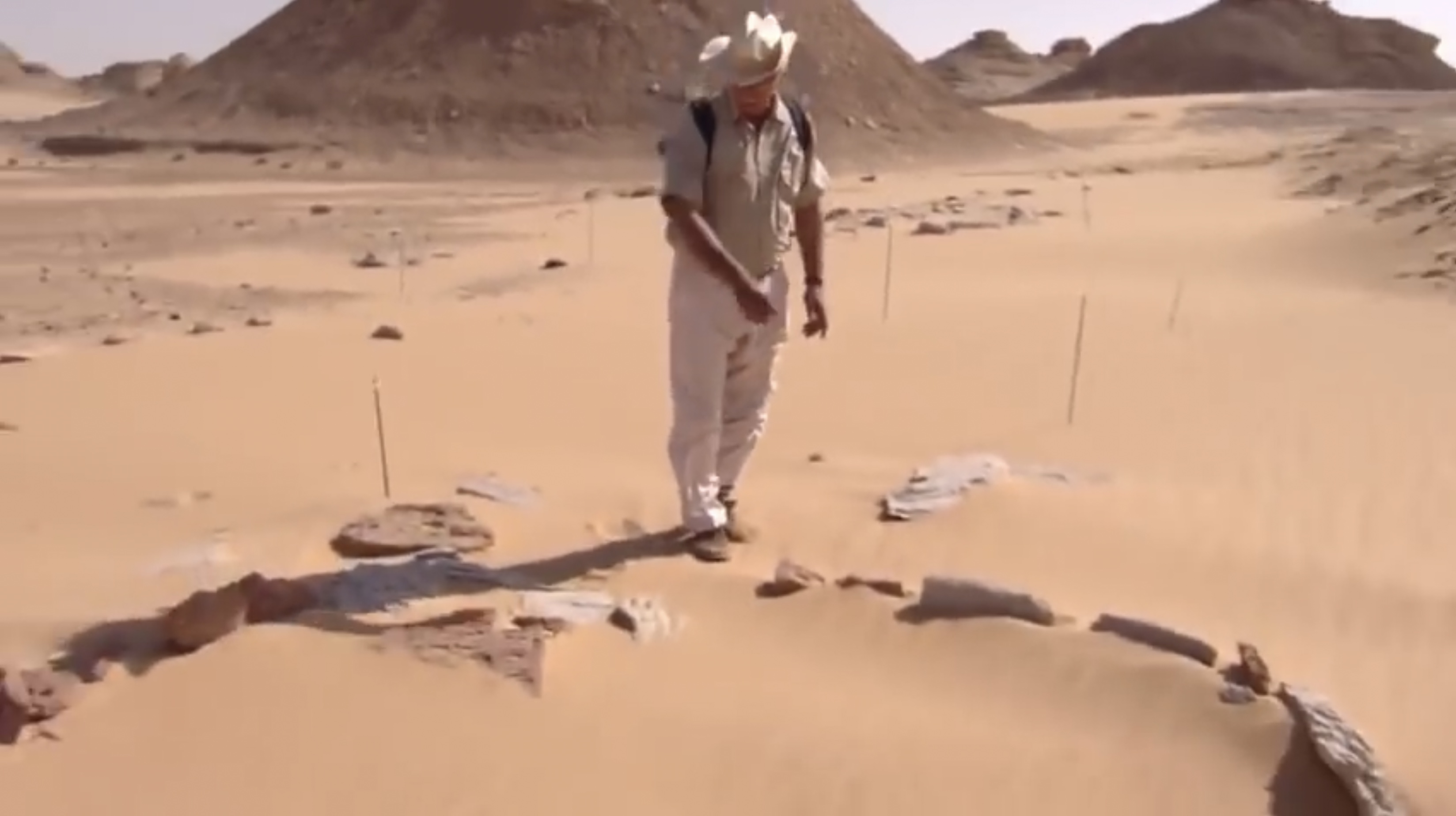 Ученые из университета восточной Англии обнаружили на территории Западной Сахары следы следы погибшей цивилизации.