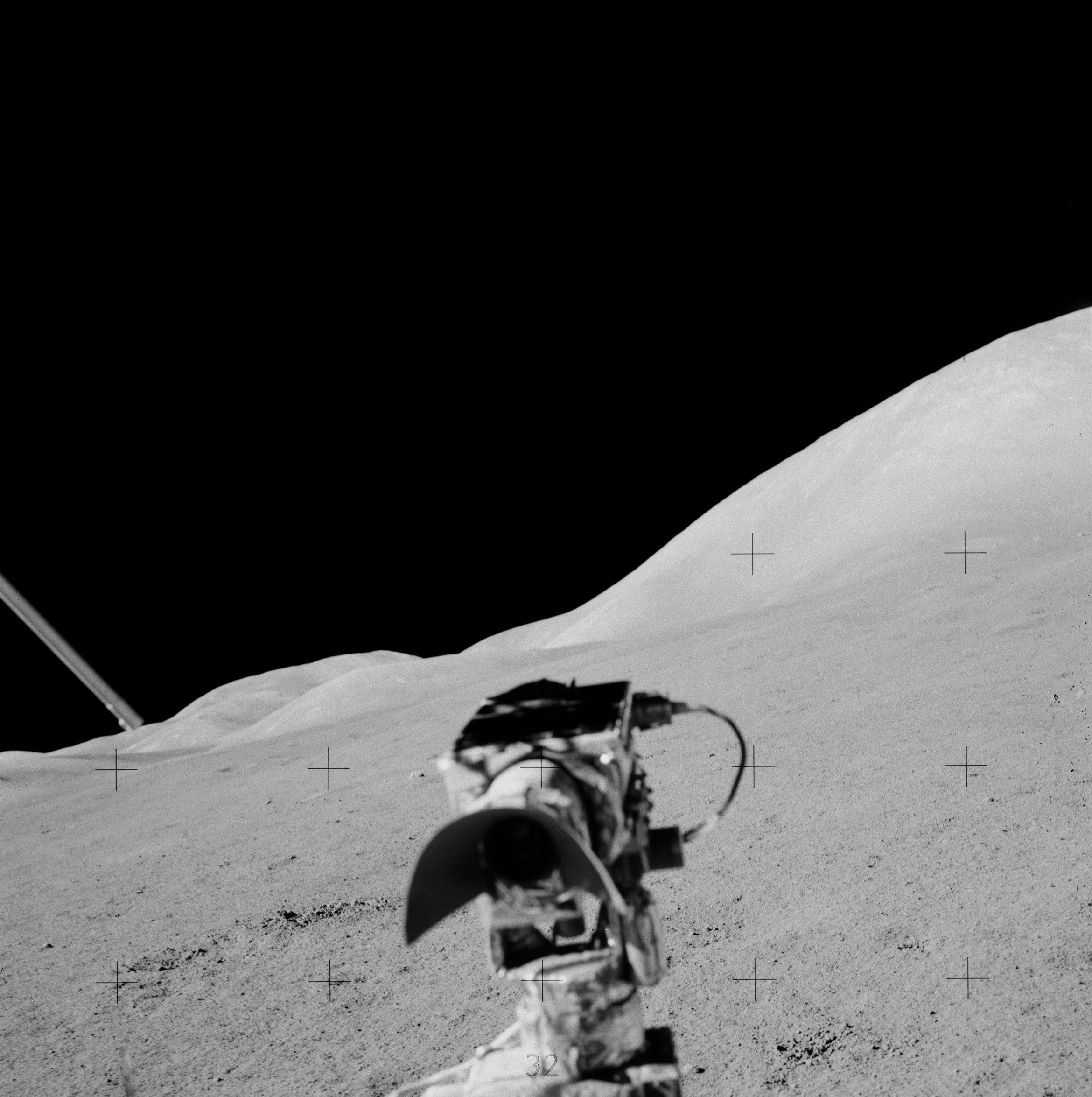 Отретушированные фото с Луны